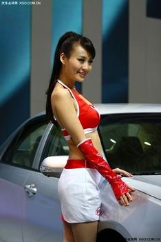 比亚迪车模王琳娜