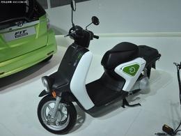 2011广州车展本田 电动摩托车